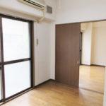 6帖の洋室(居間)