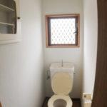 トイレにも窓あり