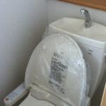 1階のトイレは温水洗浄便座
