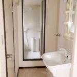 洗面脱衣スペース、室内洗濯機置場があります(風呂)